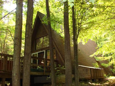 Dream Time rental home at Berkeley Springs Cottage Rentals in Berkeley Springs West Virginia