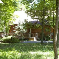 Lazy Bear rental home at Berkeley Springs Cottage Rentals in Berkeley Springs West Virginia