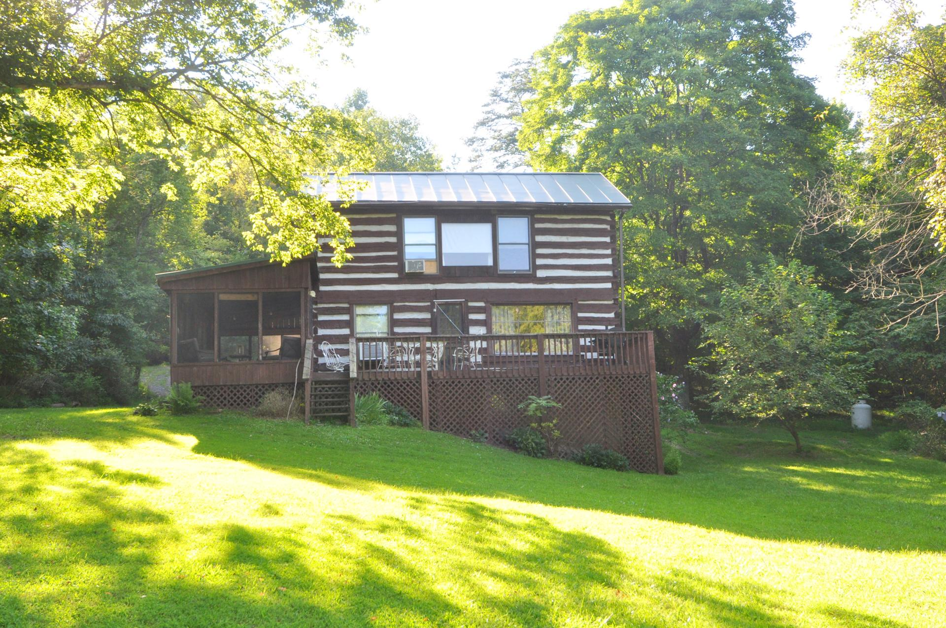 Rental home at Berkeley Springs Cottage Rentals in Berkeley Springs West Virginia