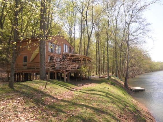 River Song rental home at Berkeley Springs Cottage Rentals in Berkeley Springs West Virginia