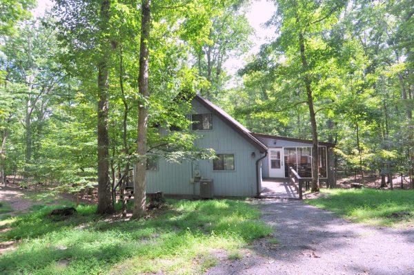 Starry Night rental home at Berkeley Springs Cottage Rentals in Berkeley Springs West Virginia